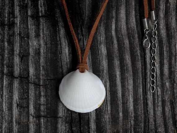 Sea Shell Pendant Boho Jewelry Leather String Necklace Gift by VERO for SeaStyle