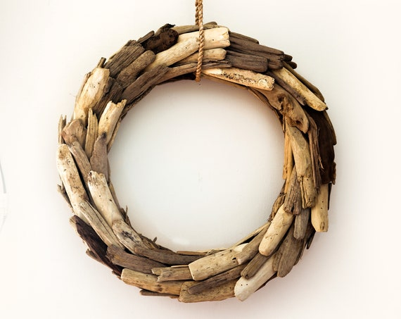 Driftwood Wall Art Wreath for door Coastal Beach Décor by SEASTYLE