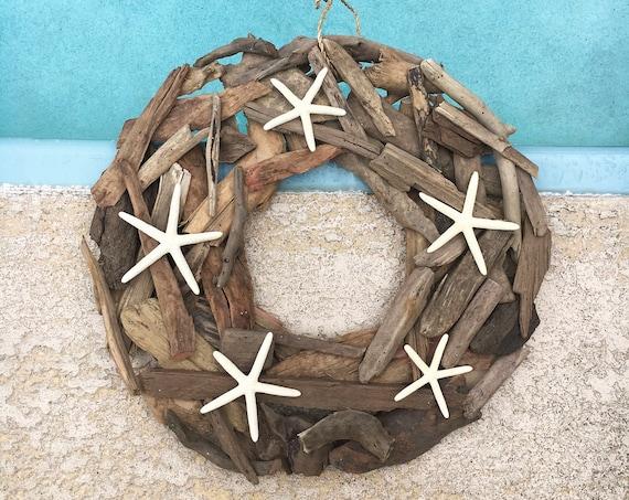 "Coastal Decor 18"" Driftwood Wreath Flat White Finger Starfish Beach Décor by SEASTYLE"