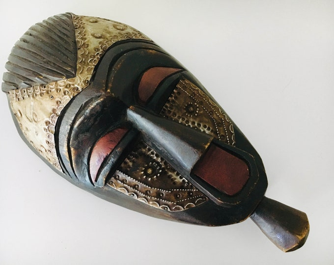 """Vintage Carved African Mask 13"""" Wooden Beach Decor by SEASTYLE"""