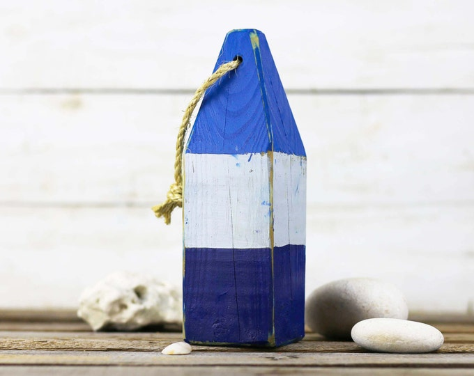 "Beach Decor, 10 buoys for Kathryn 11"", Blue, White, Dark Blue, Vintage Style, Nautical, by SEASTYLE"