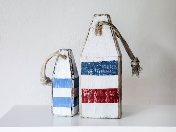 Coastal House Decor Set of Buoys (White red blue) Vintage style by SEASTYLE