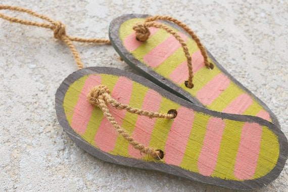 Beach decor Flip Flops Sandals Nautical Beach Wall Wood Distressed by SEASTYLE