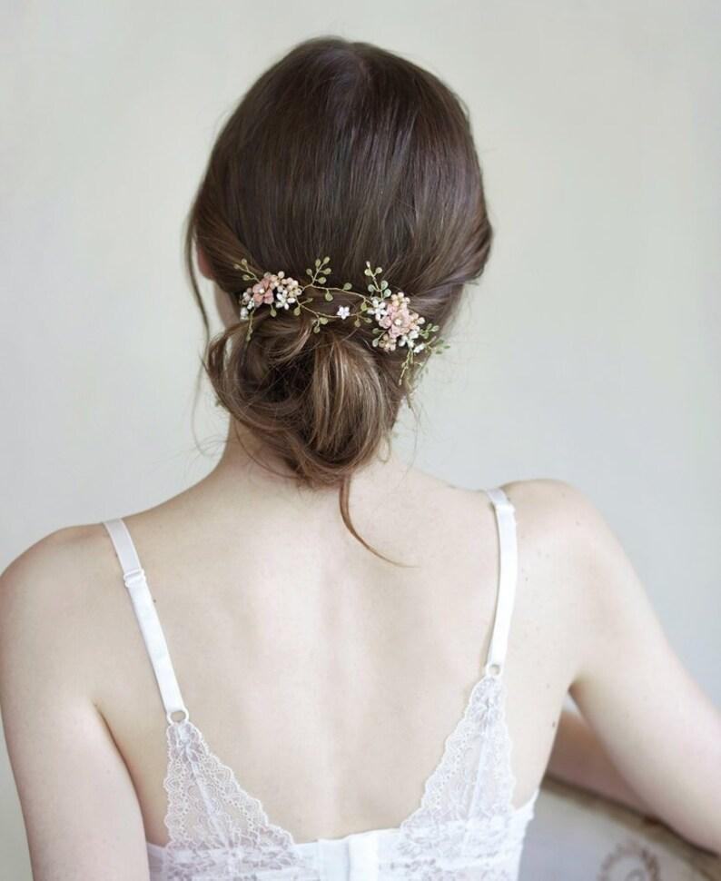 Coroncina rosa e verde corona capelli di fiori e foglie  885a7c3d18cc