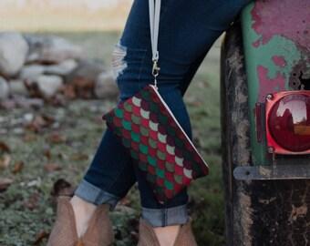 Wool Felt Wristlet Cellphone Wristlet for Women Clutch Purse Red and Green Handbag