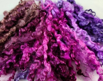 quilting Fine perle thread for embroidery lacemaking and needlework variegated shades of purple and magenta fp390