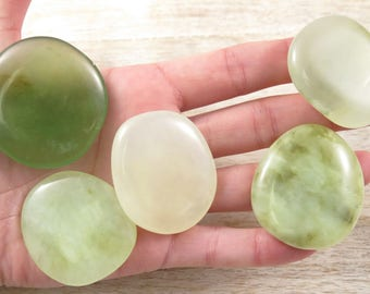 Jade Palm Stone - Green Jade Worry Stones - Meditation Stones - Reiki Crystals - Healing Stones - Natural Stones - Natural Polished Jade