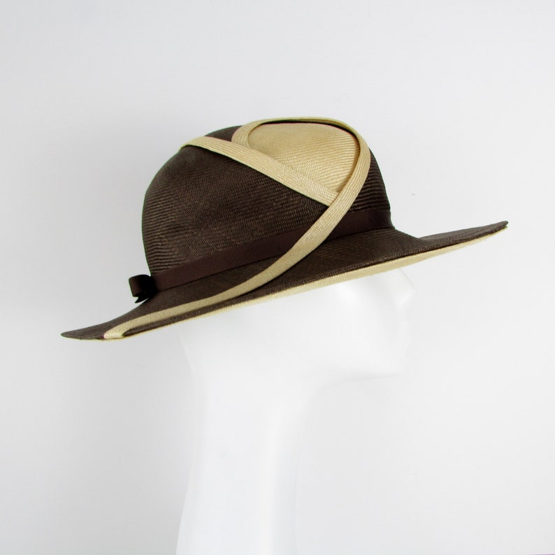 a7fc71d5db3ad Vintage 1970s Wide Brim Straw Hat Brown and Natural Woven