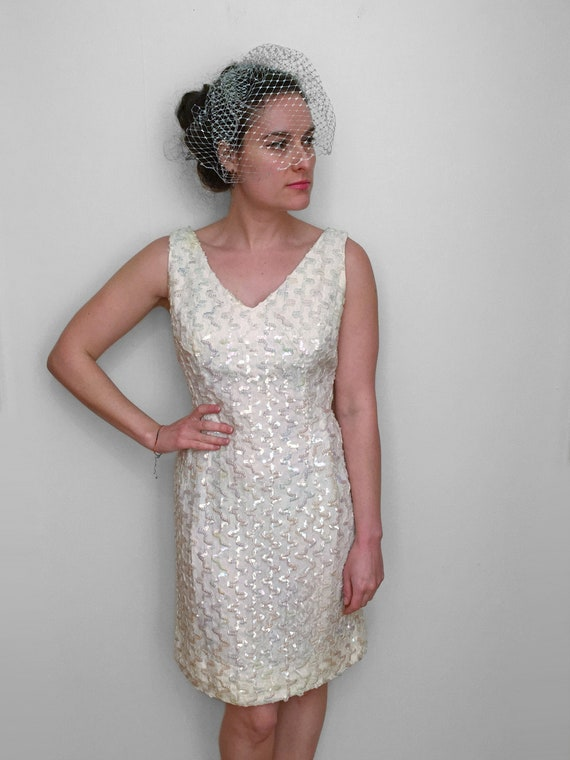 60s SEQUIN Wedding Dress, AB Iridescent Mini brida