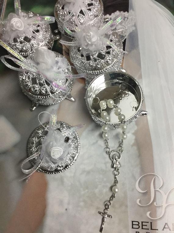 12 Baptism favors,Communion Favors Wedding Favors Narelo trinket box with mini rosaries favors mini rosaries favors,favor boxes