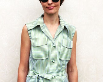 "Vintage 60s collared top, small medium - green and white stripe with bakelite buttons . . . ""Like"" our fb page for 10% discount"