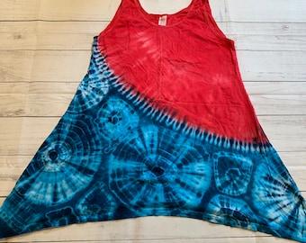 Women's Medium Red White and Blue Burst Tie Dye Asymmetrical Tank Top Tunic