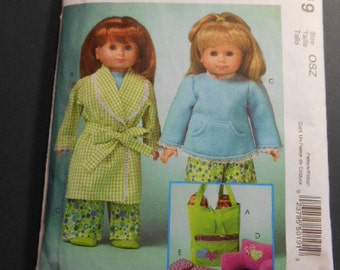 """McCalls 5019, 18"""" Doll Clothes, Sleeping Bag, Arm/Back Pillow, tote"""