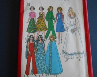 Simplicity  8281,  Barbie clothes