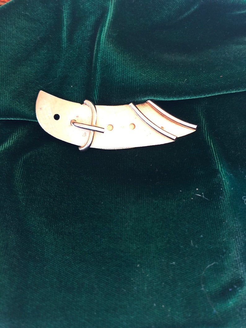 Vintage Pin Brooch Marveli Belt Buckle Design Gold Metal Costume Jewelry