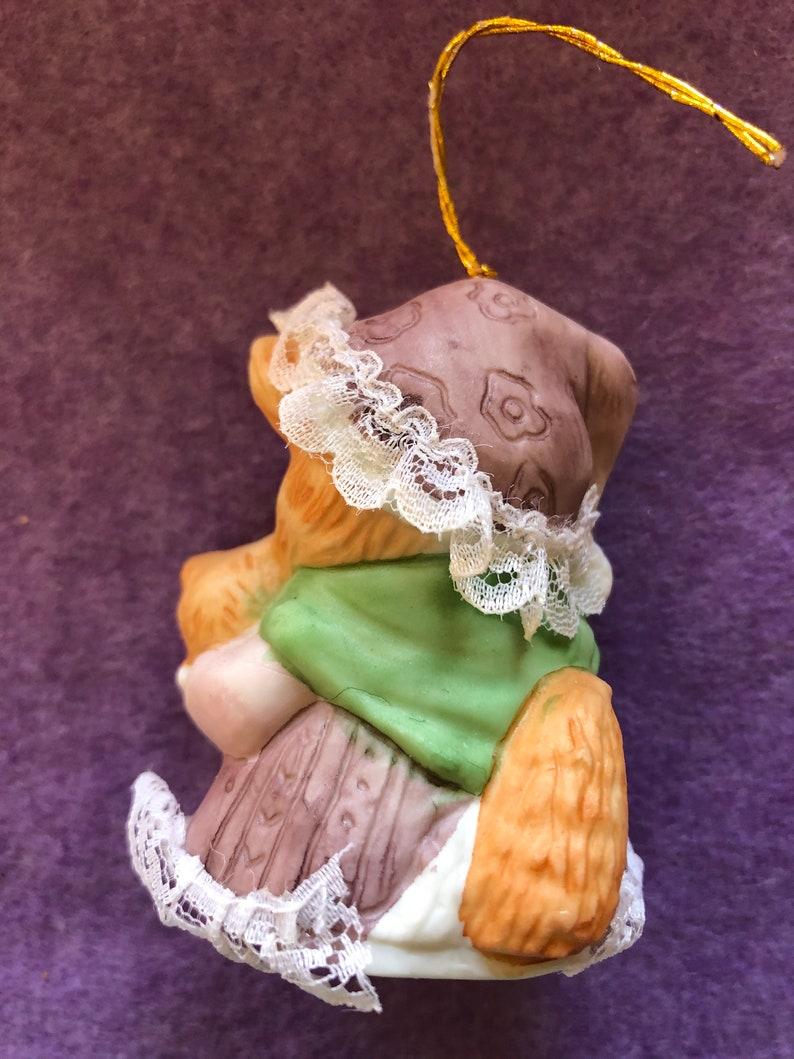 Christmas Mama Kitty Cat Bell Vintage Jasco Ceramic Holiday Decoration Decorative Ornament