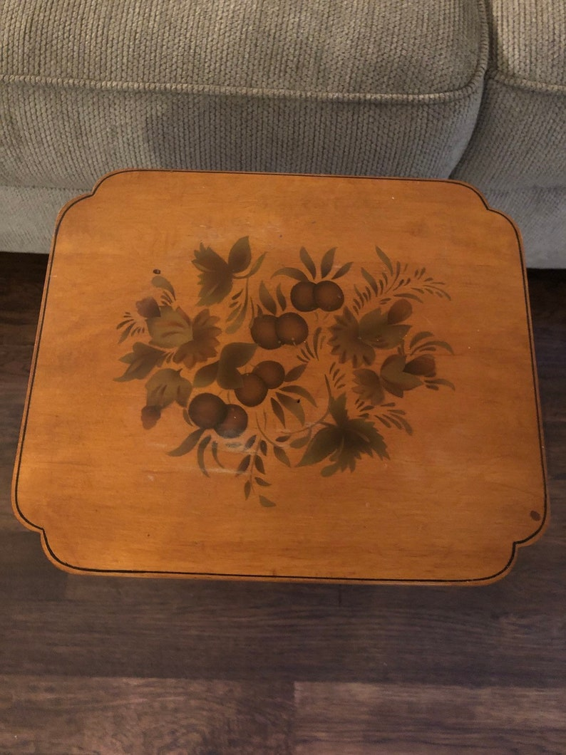 Hitchcock accent table