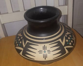 Vintage kopa ceremonial pot