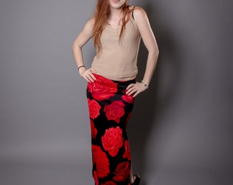Vintage 90s Venus Red and Black Rose Long Elastic Waist Skirt