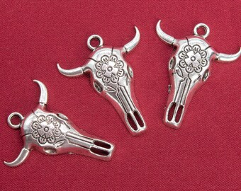 Silver Yellow Plated Bull Bull Fighting Charm 22mm