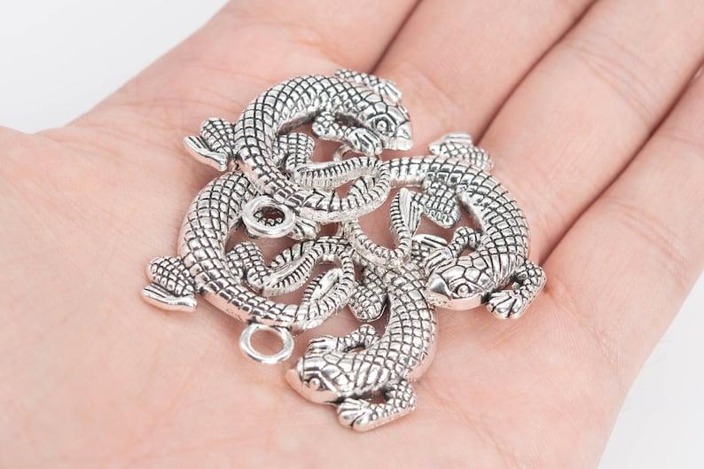 66814-3400 30x23x2MM Lizard Charm Antique Silver Tone Zinc Alloy Charm 2 Pcs Bulk Lot Options