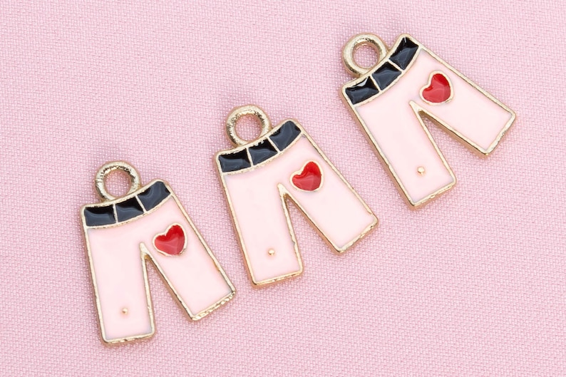 65582-3294 15x12x1MM Jeans Charm Gold Tone Pink Enamel With Red Heart 4 Pcs Bulk Lot Options