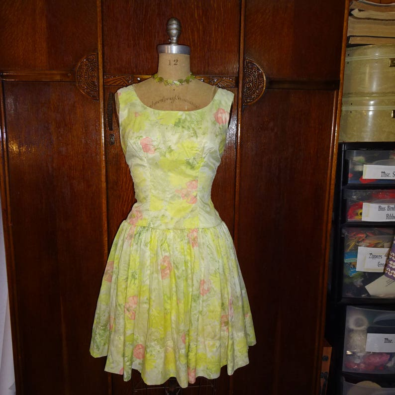 4f2a7522922 Vintage 1950s Easter Parade Dress Yellow Floral Full Skirt
