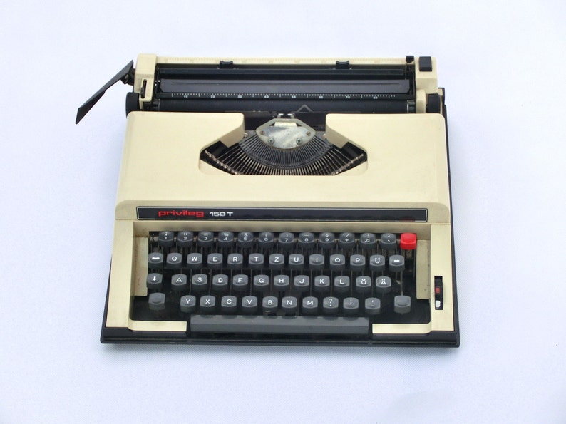 Privileg 150T from Europe Vintage Manual Typewriter Portable Working Typewriter Traveller Typewriter Office Home Decor Beige typewriter