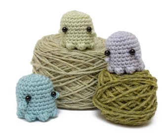ghost crochet pattern - Halloween amigurumi ghost PDF pattern
