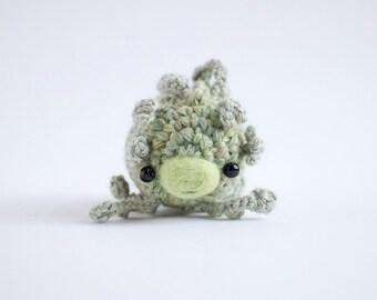 leafy sea dragon - crochet amigurumi plush