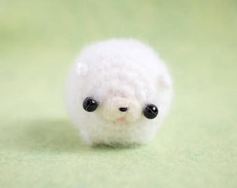 kawaii dog amigurumi - crochet Pomeranian art toy