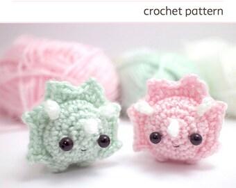 crochet dinosaur pattern - amigurumi triceratops pattern