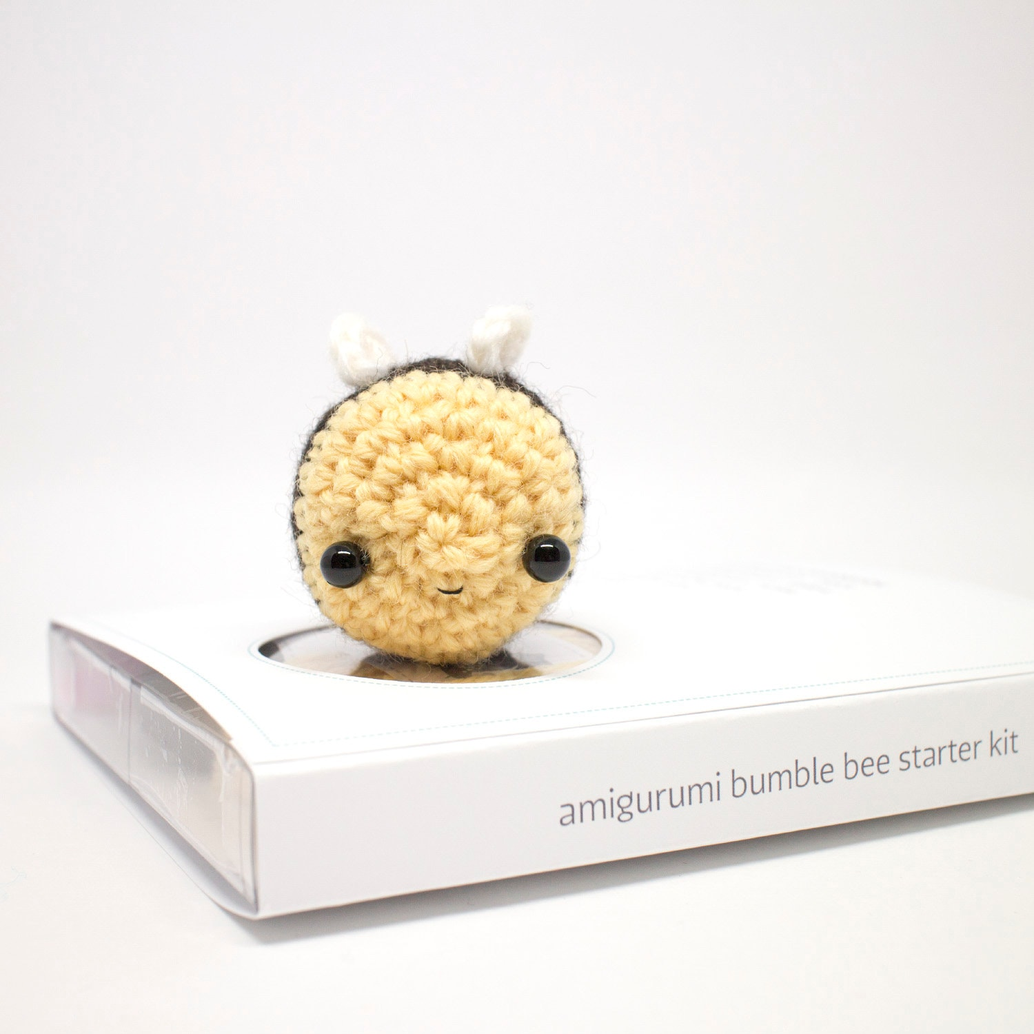 Crochet Amigurumi Bee DIY KIT, Crochet Orange Bee KIT Set (With ... | 1500x1500