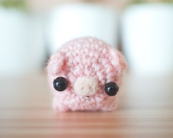 mini amigurumi pig plush toy - crochet pig figurine