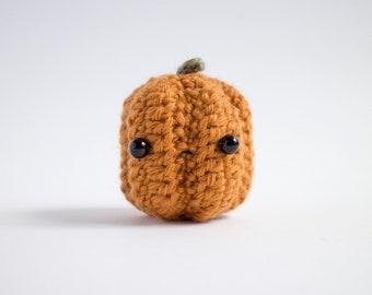 crochet pumpkin plush - amigurumi jack o' lantern