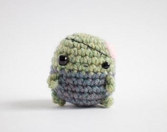 crochet zombie amigurumi - creepy cute plush toy