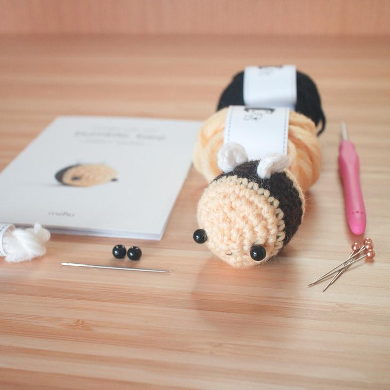 amigurumi kit  crochet bumble bee craft kit image 1
