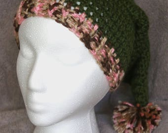 7147315a9f7c5 Novelty colorful hand-crocheted Ladies Santa hats