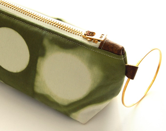 Tie Dye Green Clutch - Contemporary Wristlet Clutch - Moss