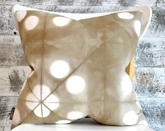 Modern Tie-Dye Pillow Cover 18x18 inches - Wild Mushroom