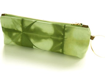 100% Organic Cotton Tie-Dye Clutch - Green Tie-Dye Wristlet Clutch - Deep Moss