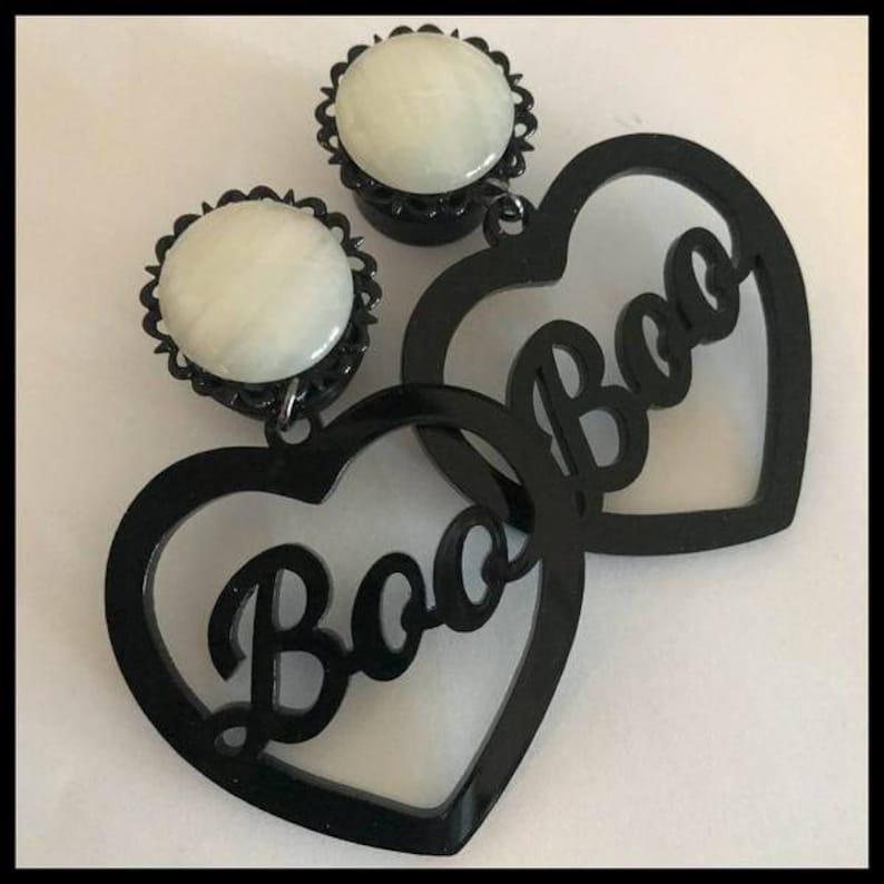 PICK SIZE Black Gem Acrylic Boo Heart Laser Cut dangle plug ear gauges Plugs0G 00G 12 916 58 34 78 1