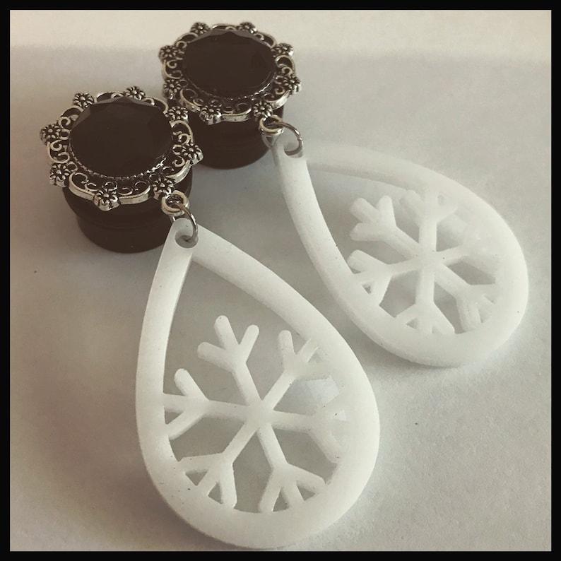 0G 00G 12 916 58 34 78 1 PICK SIZE white Snow flake black gem teardrop Dangle Girly Custom Goth Plugs Christmas gauges