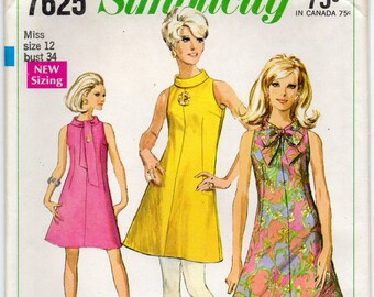 Sleeveless Dress With Bias Roll Collar Back Zipper Cut Away Armholes Size 12 Vintage Sewing Pattern 1968 Jiffy Simplicity 7625