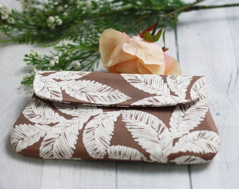 Brown and white palm tree leaves clutch purse, gift for her, bridal clutch, clutch purse for wedding, ladies purse, ladies bag, women clutch