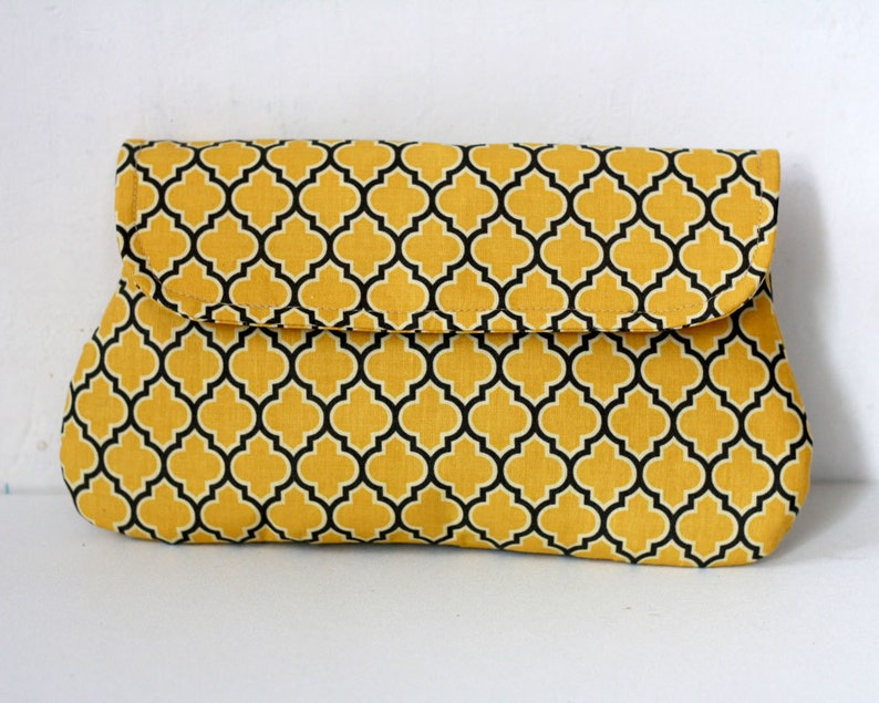 Clutch Purse Lodge Lattice in vintage yellow and gray image 0