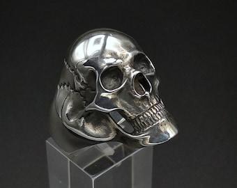 Large Silver Skull Ring