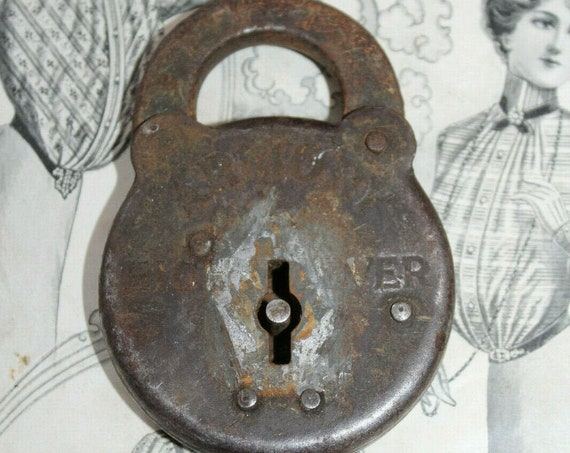 Large Antique Armory Eight Lever Lock No Key