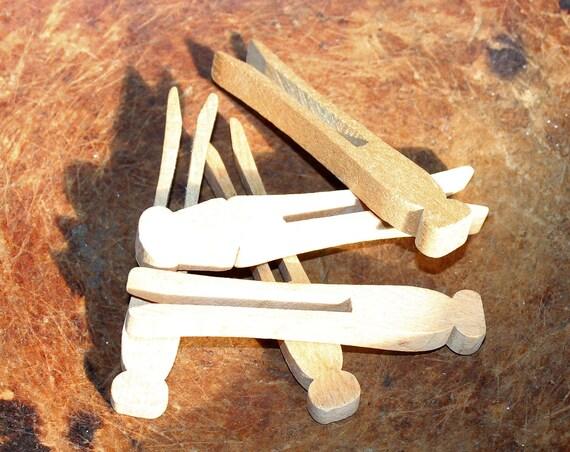 5 Antique Flat Wood Clothespins Farmhouse Decor