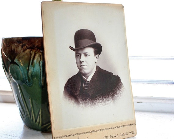 Antique Photograph Edwardian Man In Bowler Hat 1800s Cabinet Card